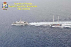 Immigrazione: verso costa Calabria veliero con 160 stranieri