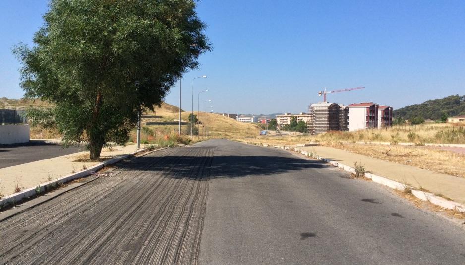 Un tratto di strada da Parco Carrara a via Saffo