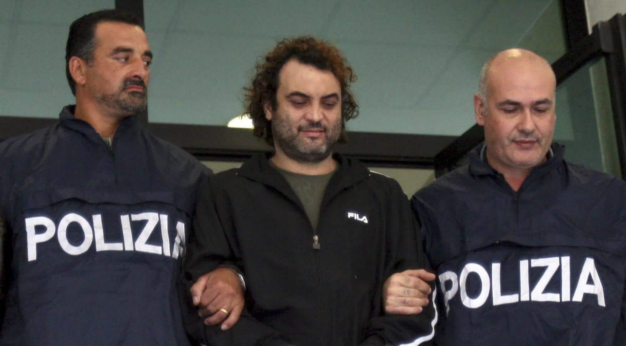 Arrestato Il Superlatitante Antonio Pelle Detto Quot La Mamma